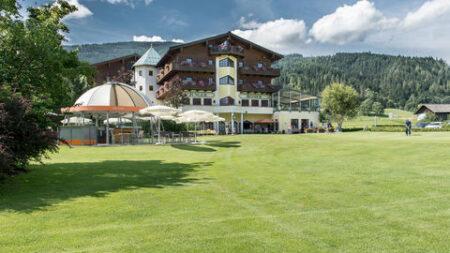 Hotel Zum Jungen Römer - Golf-vakantie.nl