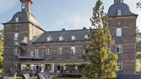 Schlosshotel Hugenpoet - Golf-vakantie.nl